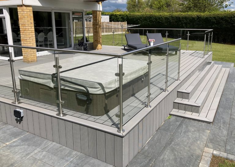 Want To Install Exterior Balustrades? 3 Common Types Of Materials